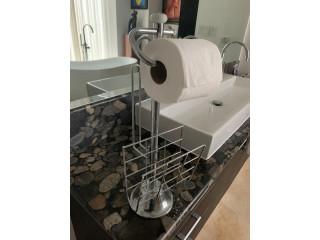 Soporte para papel higiénico de pie