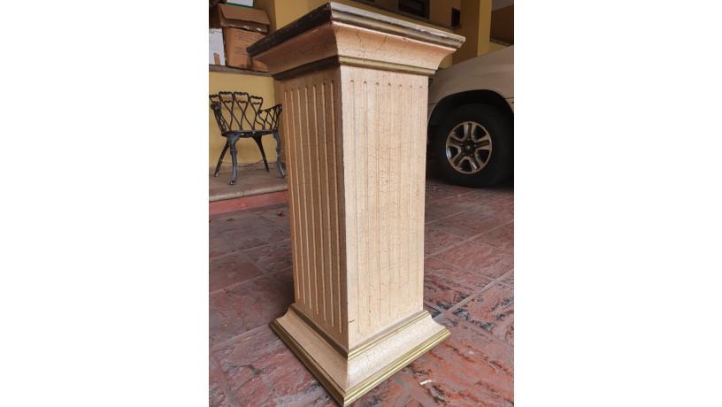 pilar-de-madera-tallada-big-1