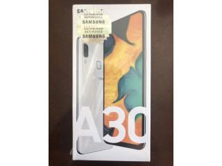 Samsung A30 (64GB) NUEVO y SELLADO