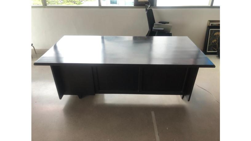 amplio-escritorio-ejecutivo-big-2