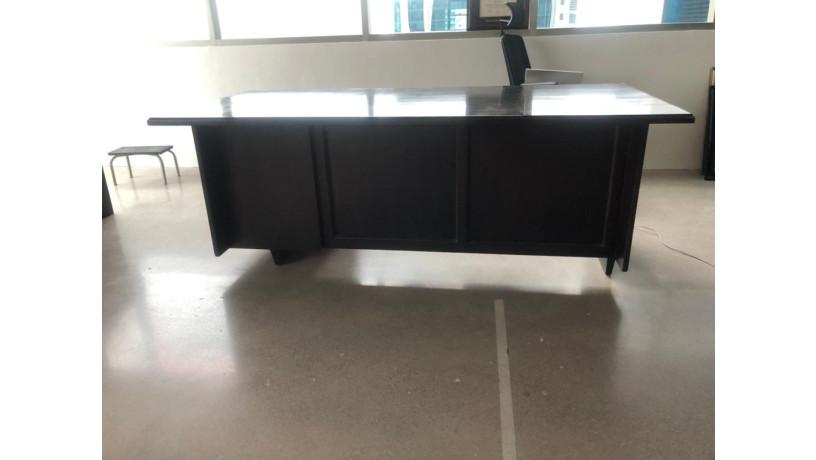 amplio-escritorio-ejecutivo-big-1