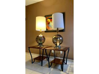 Combo de mesas laterales y lámparas de mesa