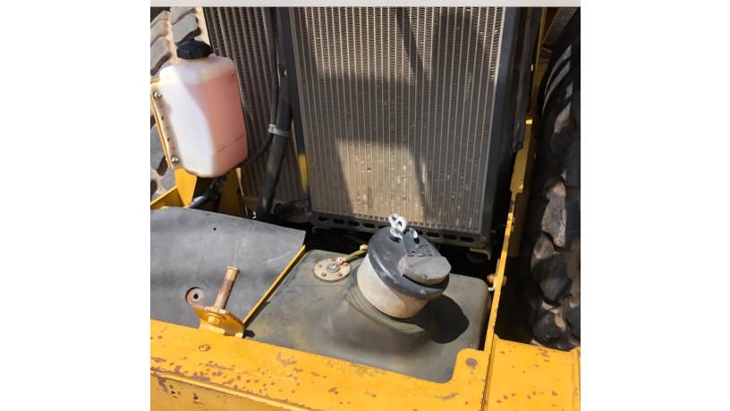 vibro-compactador-cat-cs-533-e-2012-big-3