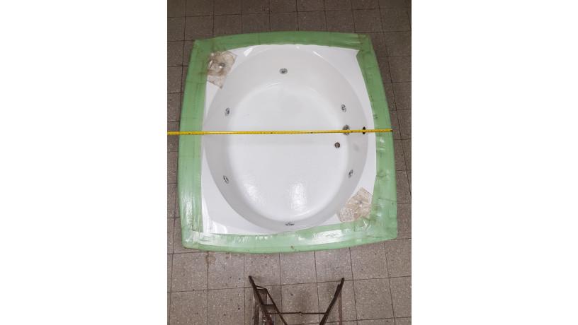 jacuzzi-grande-american-whirlpool-big-5