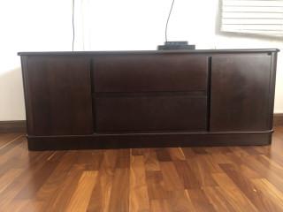 Mueble de caoba multiusos para sala o cuarto