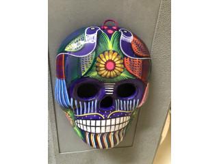 Calavera mexicana pintada a mano para pared