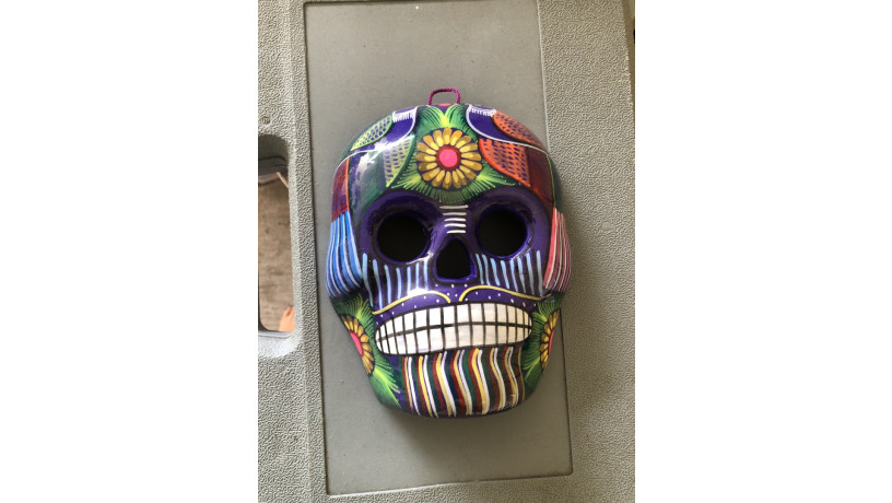 calavera-mexicana-pintada-a-mano-para-pared-big-1