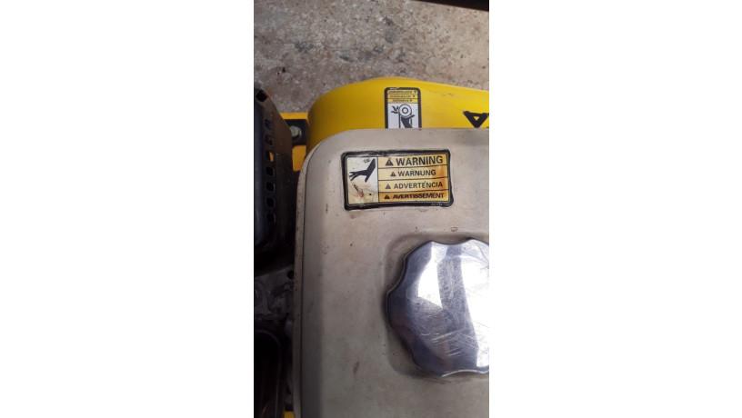 compactadora-de-plato-vibratorio-de-18-big-4