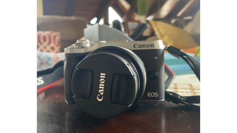 canon-eos-m6-big-3