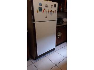 ¡Refrigeradora a excelente precio!