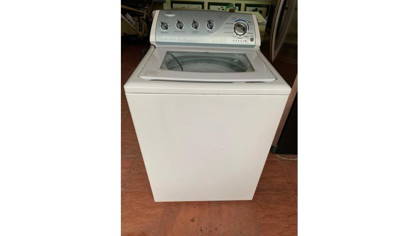 lavadora-en-mal-estado-se-vende-para-repuestos-big-0