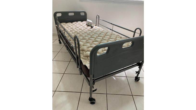 cama-semi-electrica-para-cuidado-especial-big-4
