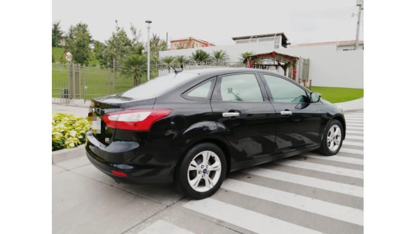 vendo-vehiculo-ford-2014-big-0