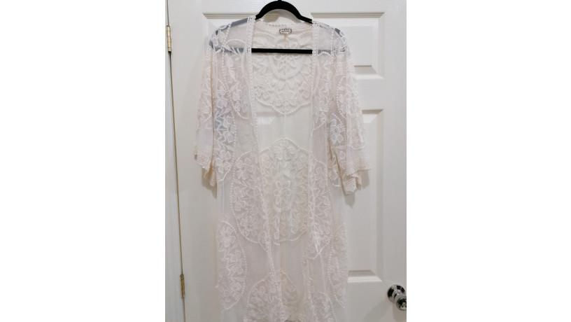 ropa-pre-amada-ligeramente-usada-precios-accesibles-big-0