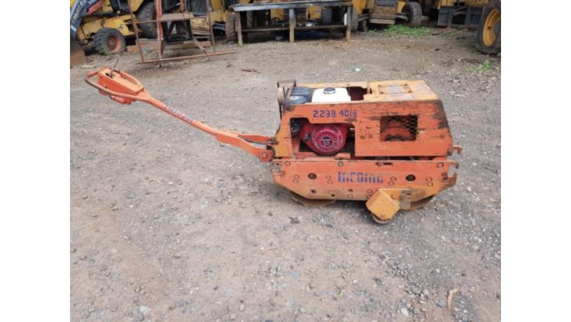 compactadora-doble-rodo-pata-de-cabra-big-1