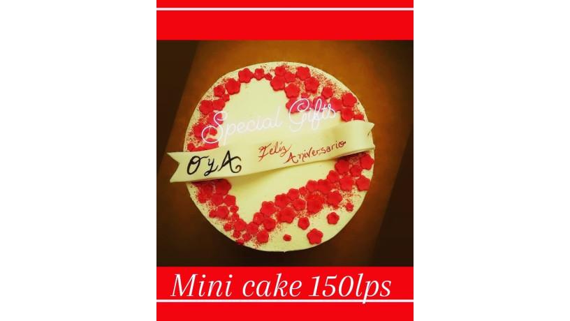 valentine-cakes-at-specialgifts-craftandbakery-big-0