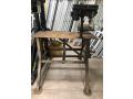 taladro-electrico-de-banco-y-esmeril-con-mesa-de-trabajo-metalica-usados-small-0