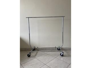 Rack/estante para colgar ropa