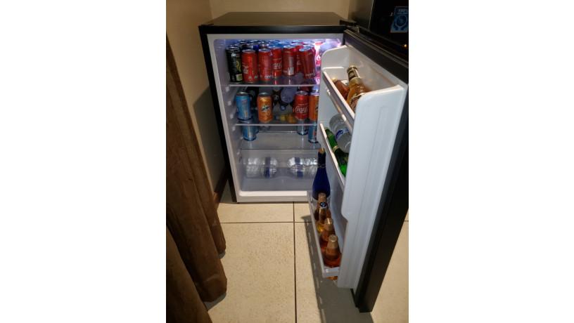 refrigeradora-mini-para-oficina-big-1