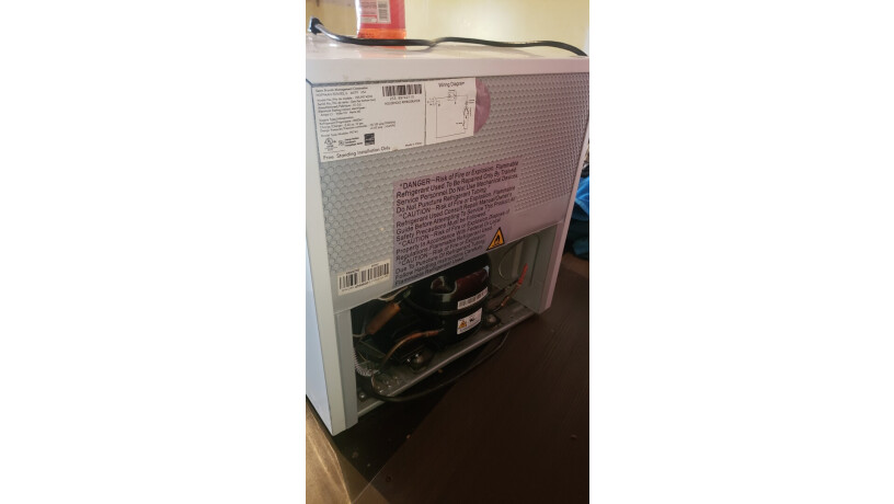 refrigeradora-pequena-todo-al-100-big-4