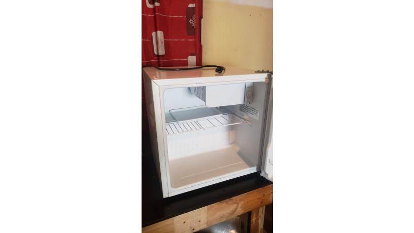 refrigeradora-pequena-todo-al-100-big-0