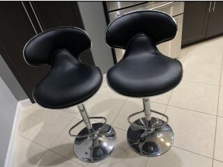 2 sillas altas
