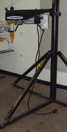 elevador-electrico-para-materiales-big-0