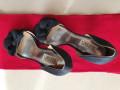 donacion-de-zapatos-badgley-mischka-small-0