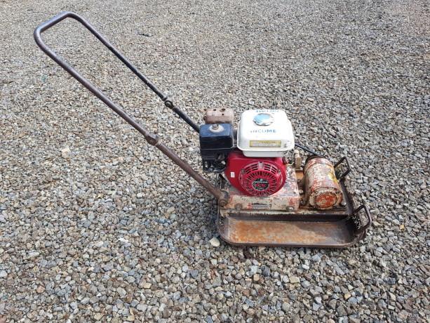 compactadora-de-plato-viratorio-con-motor-a-gasolina-big-1