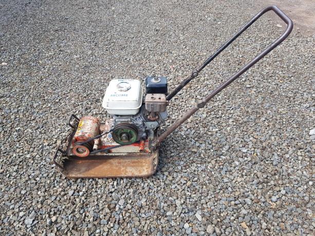 compactadora-de-plato-viratorio-con-motor-a-gasolina-big-0